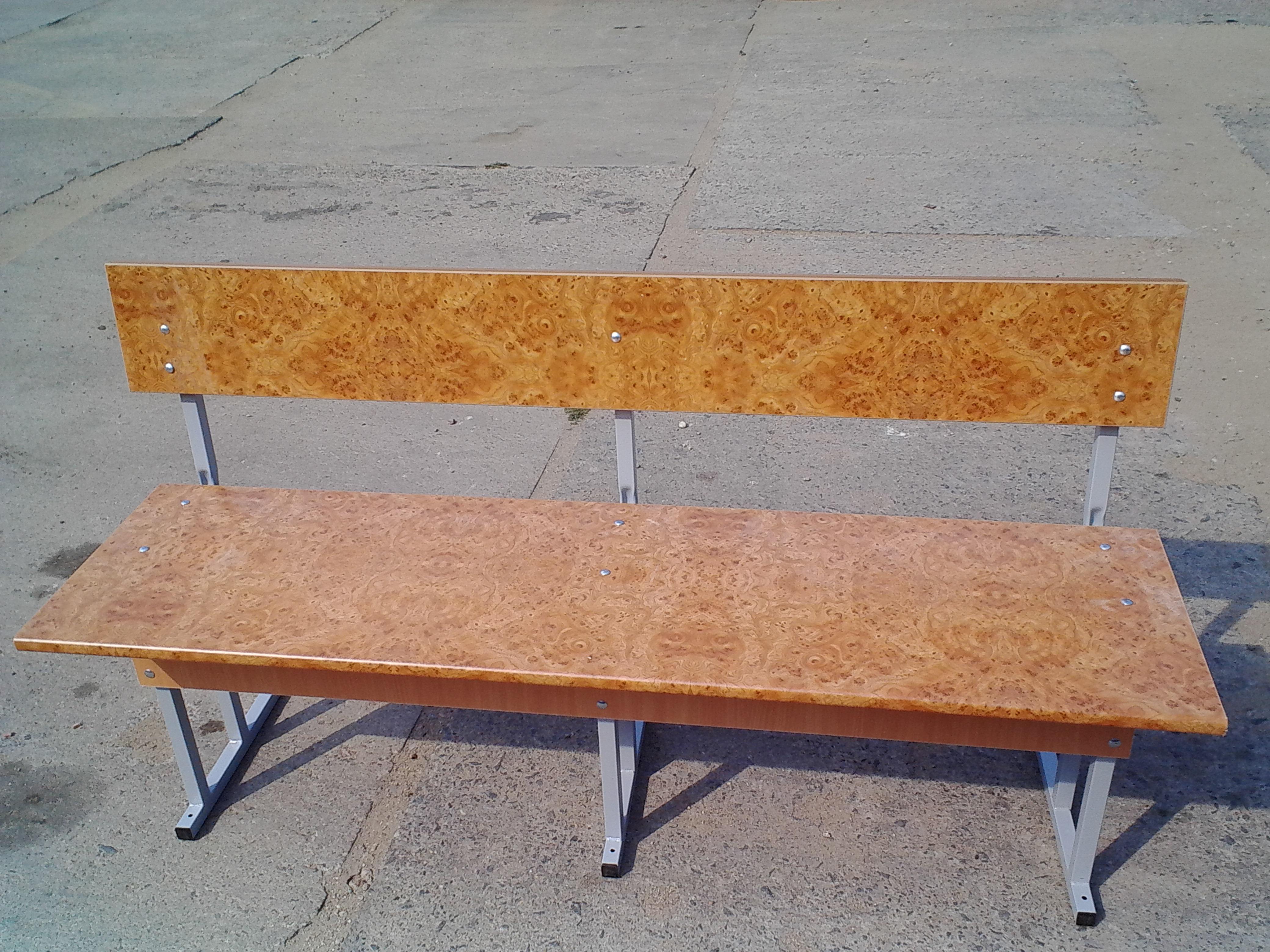 Новое изделие – скамья для школы